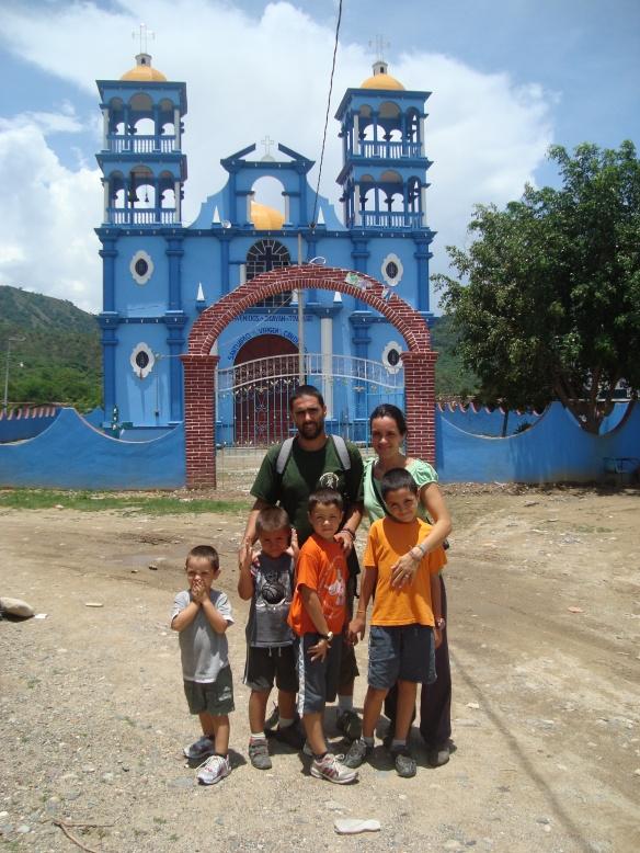 familia en Rancho. Jicayan